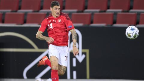 Steven Zuber von Eintracht Frankfurt im Trikot der Schweiz