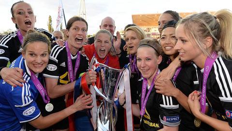 FFC-Frauen bejubeln den Champions-League-Sieg