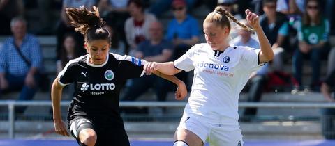 Laura Feiersinger vom FFC Frankfurt im Spiel gegen den SC Freiburg