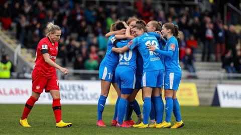 FFC Frankfurt jubelt gegen Leverkusen