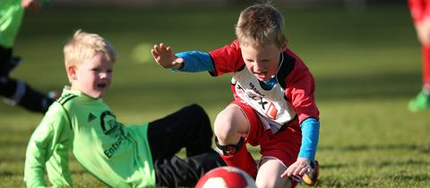 Platzmangel Beim Amateurfussball Kinder Konnen Nicht Kicken