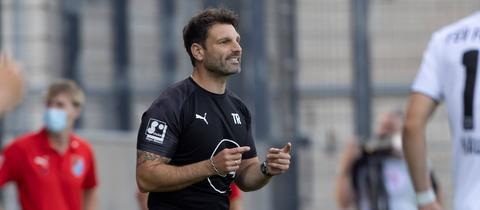 Steinbachs Trainer Adrian Alipour hatte am Ende doch noch Grund zum Jubeln.