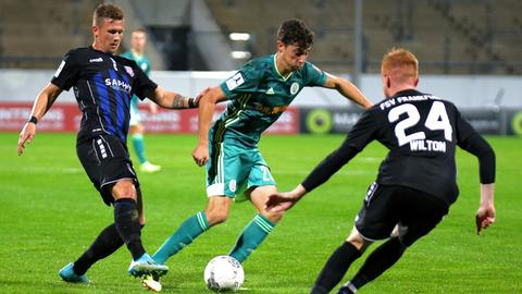 Mirco Born und Lukas Wilton im Spiel des FSV Frankfurt gegen Homburg