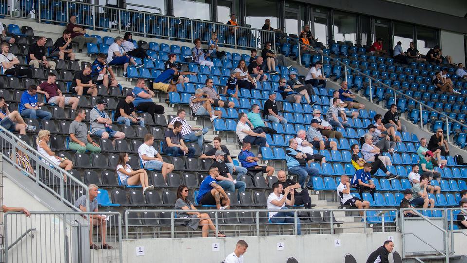 Immerhin 95 Zuschauer durften beim FSV Frankfurt dabei sein.