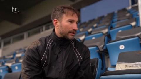 Daniel Endres beim Interview