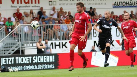 Eine Szene aus dem Spiel Hessen Dreieich gegen den TSV Steinbach Haiger