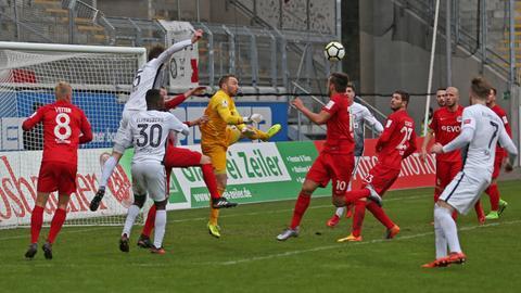 Szene aus dem Spiel OFC gegen Elversberg
