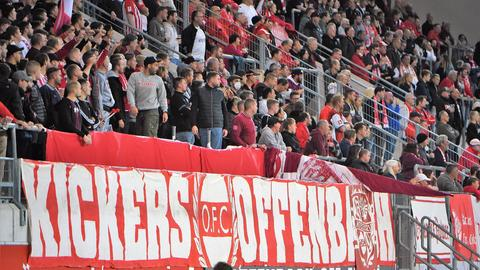 Die Fans der Offenbacher Kickers auf dem Bieberer Berg