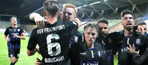Der FSV Frankfurt holt im Hessenduell gegen Steinbach Haiger drei wichtige Punkte.