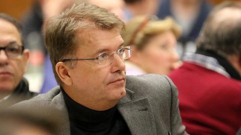 Ex-Präsident Dr. Frank Ruhl und Kickers Offenbach haben sich geeinigt.