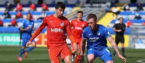 Serhat Ilhan vom TSV Steinbach Haiger im Spiel gegen die Zweitvertretung der TSG Hoffenheim