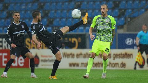 Nilsson beim Spiel des SV Wehen Wiesbaden beim FSV Frankfurt