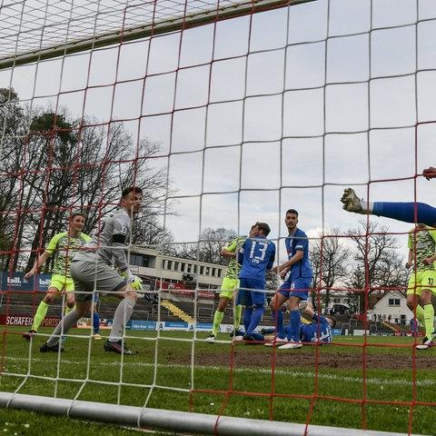 SV Wehen Wiesbaden im Hessenpokal beim FC Gießen