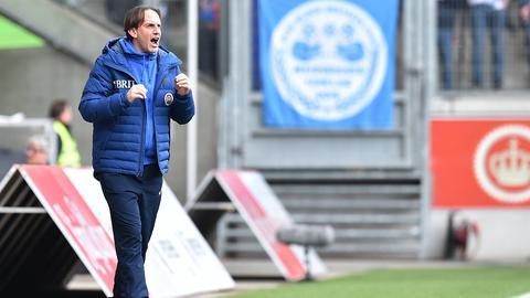SVWW-Trainer Rüdiger Rehm brüllt an der Seitenlinie