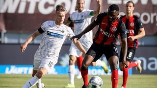 Paterson Chato vom SV Wehen Wiesbaden im Spiel gegen den SV Sandhausen