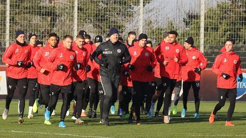 Das Team des SV Wehen Wiesbaden in der Wintervorbereitung