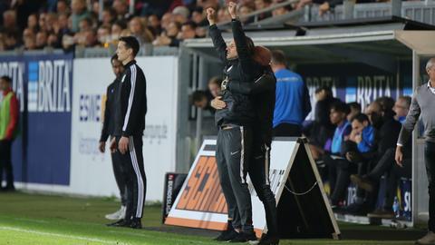 SVWW-Trainer Rüdiger Rehm ist erleichtert nach dem Sieg gegen den VfL Osnabrück.