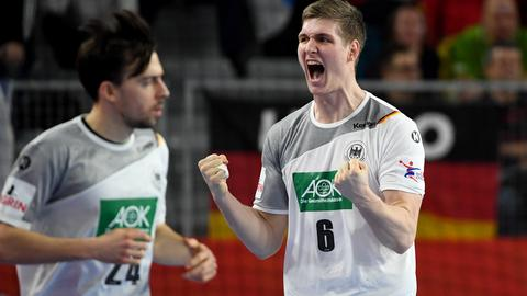 Finn Lemke jubelt bei der Handball-EM