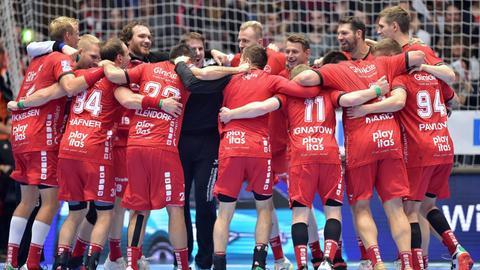Die MT Melsungen jubelt nach dem Sieg über Hannover-Burgdorf