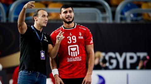 Roberto Garcia Parrondo als Trainer der ägyptischen Auswahl.