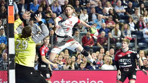 Tobias Reichmann erzielt einen seiner elf Treffer für die MT Melsungen.