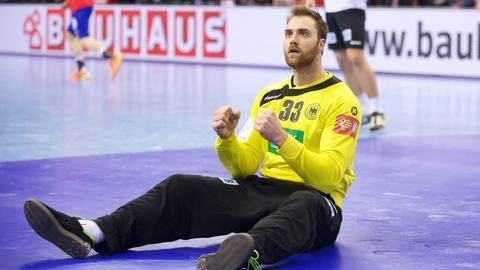 Andreas Wolff ballt beide Fäuste.