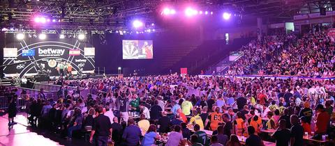 Die Frankfurter Eissporthalle beim World Cup of Darts 2018