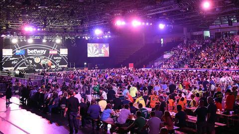 Die Frankfurter Eissporthalle beim World Cup of Darts 2018