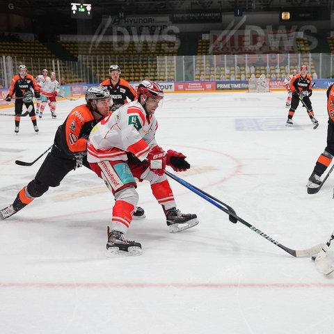 Löwen Frankfurt EC Bad Nauheim Eishockey