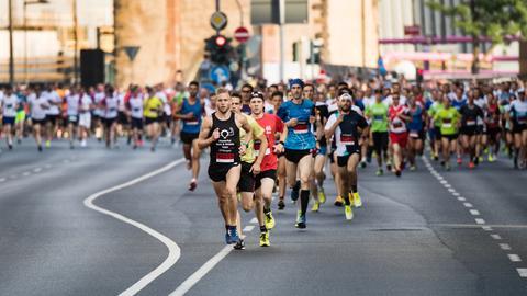 Rund 63.000 Läufer nahmen am JP Morgan-Lauf 2017 teil