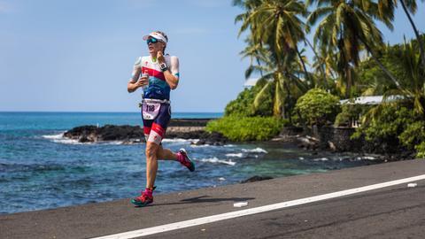 Lucy Charles läuft beim Ironman Hawaii