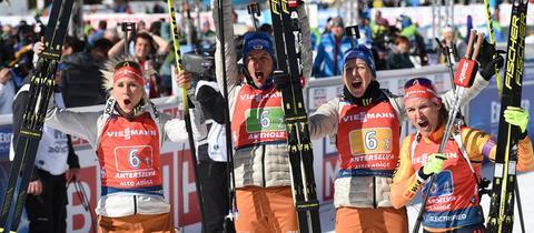 Die Damenstaffel beim Biathlon