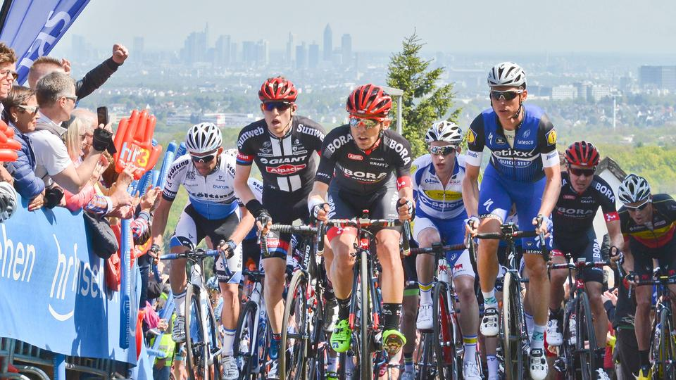 Die Spitzengruppe beim Frankfurter Radrennen