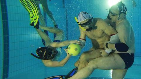 unterwasser rugby Imago