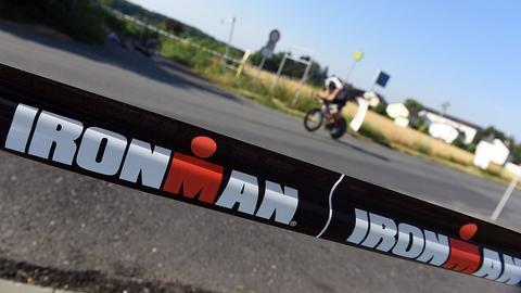 Absperrung beim Ironman Frankfurt