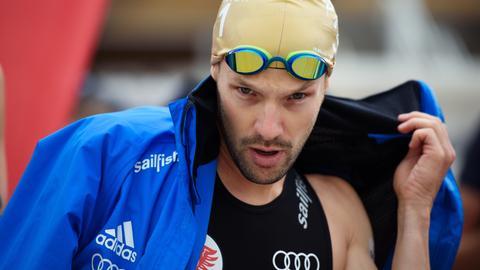 Ironman Patrick Lange vor dem Schwimmen