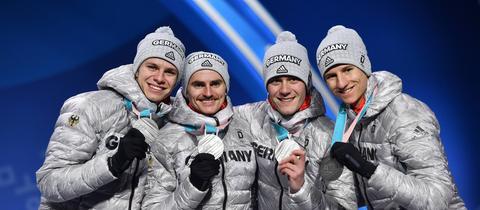 Der Willinger Stephan Leyhe gewann mit den DSV-Skispringern Silber