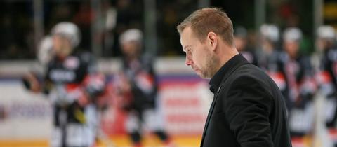 Matti Tiilikainen musste mit den Löwen Frankfurt den Spitzenplatz abgeben.