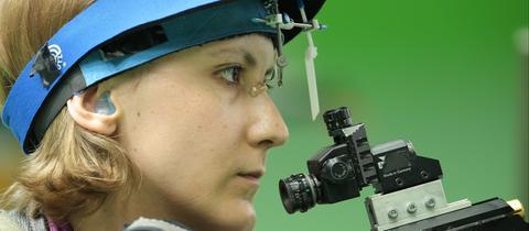 Natascha Hiltrop holt Gold bei den Paralympics.