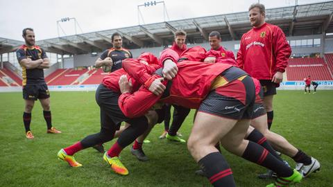 Showtraining zwischen Offenbacher Spielern und der Rugby-Nationalmannschaft