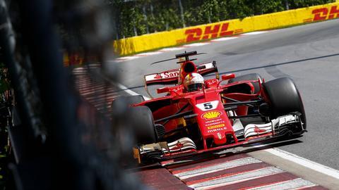 Vettel küsst beim Kanada Grand Prix beinahe die Wand.