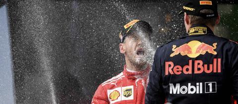 Sektdusche für Vettel