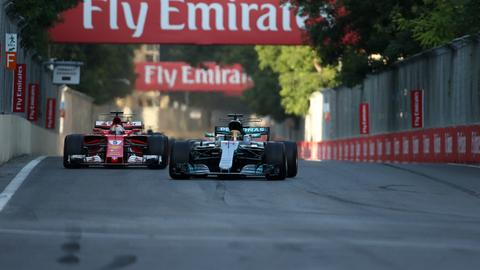 Sebastian Vettel (links) und Lewis Hamilton (rechts)