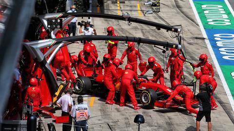 Sebastian Vettel muss das Rennen in Spielberg aufgeben.