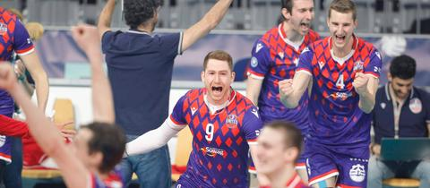 United Volleys feiern Pokalsieg
