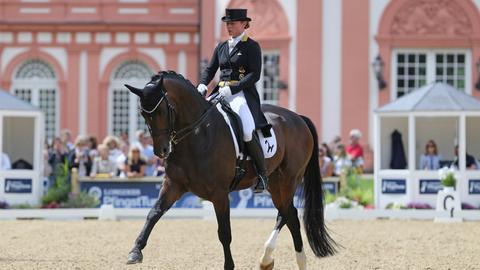 Isabell Werth und ihr Pferd Quantaz im Biebricher Schlosspark