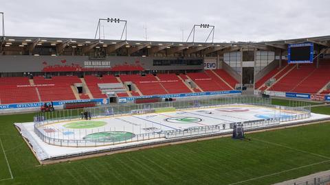 Die Eisfläche im Offenbacher Stadion