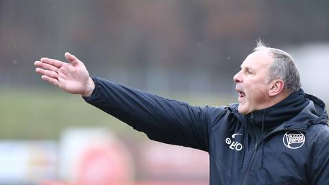 OFC-Trainer Oliver Reck konnte in Stuttgart nicht zufrieden sein.