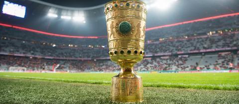 Der DFB-Pokal im Zentrum des Interesses