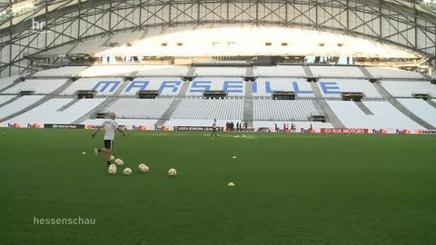 Amtsbezirk verhängt Aufenthaltsverbot für Frankfurt-Fans in Marseille